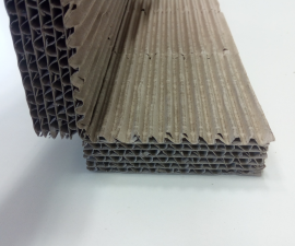 Protective corner of the multi-layered corrugated cardboard - type 1